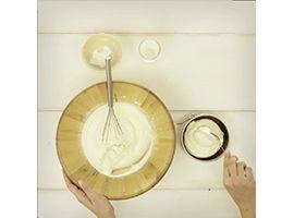 riempire le mini cheesecake con la crema